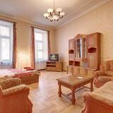 Apartment, 2 Bedrooms (Karavannaya 3/35 , Ital'yanskaya 31) - Living Room