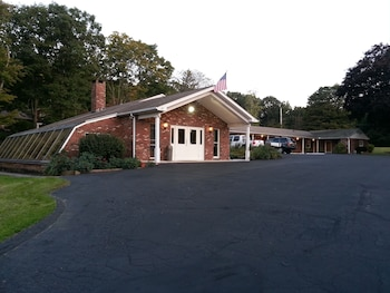 Picture of Heidi's Inn-Brewster New York in Brewster