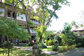 Picture of Kyriad Villa & Hotel Seminyak in Kerobokan