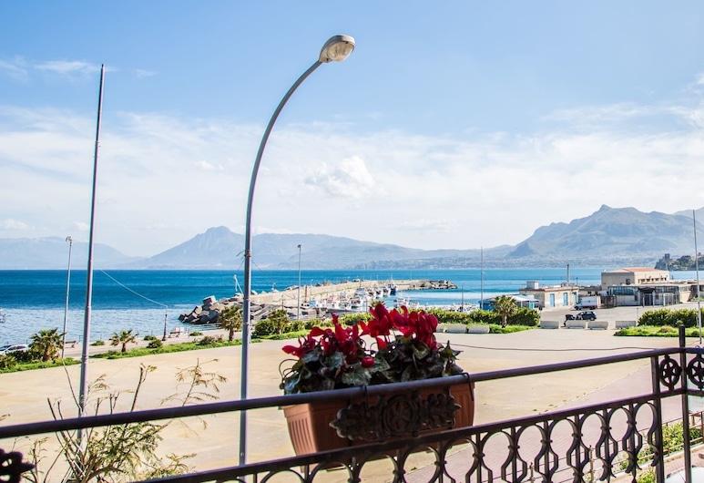 Donna Concetta, Santa Flavia, Luxury Room, 1 Bedroom, Ocean View, Balcony