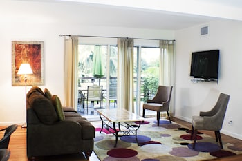 Picture of The Cabanas Guesthouse & Spa - Caters to Men in Wilton Manors