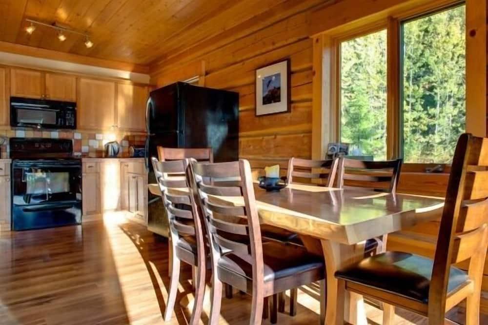 Cabine (Bear Lodge) - Refeições no Quarto