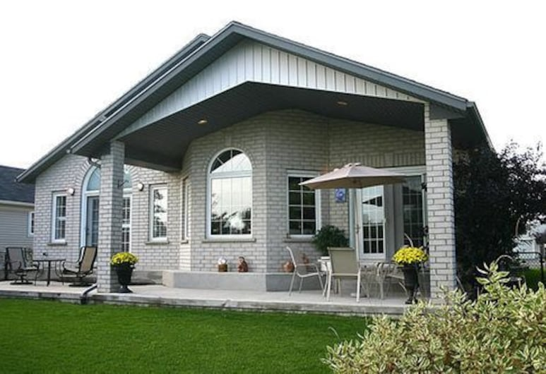 Graystone Bed and Breakfast, Niagara-on-the-Lake, Terrasse/Patio