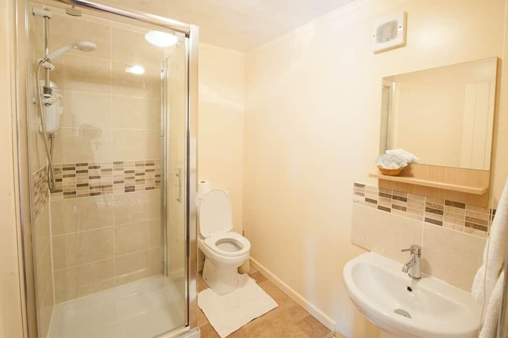 Třílůžkový pokoj, vlastní koupelna - Koupelna