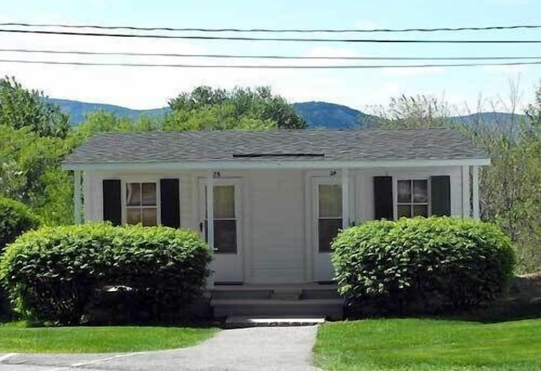 School House Inn, North Conway, Exterior