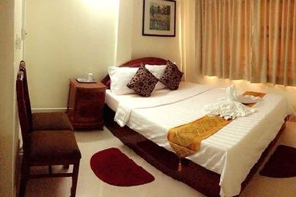 Standard Double Room (with Fan) - Guest Room