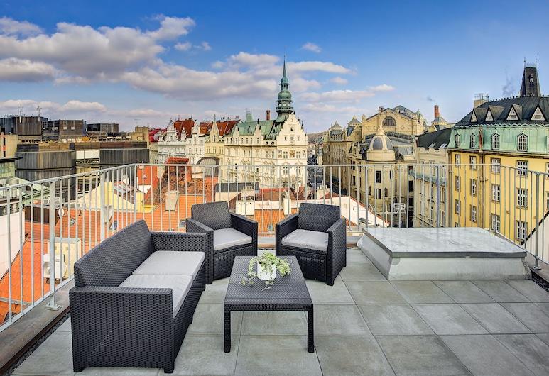 4 Arts Suites, Praga