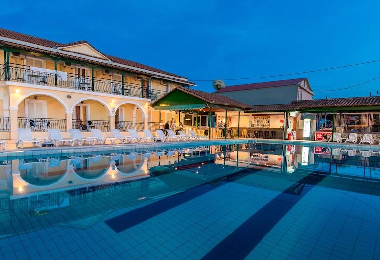 Perkes Hotel, Ζάκυνθος, Εξωτερική πισίνα