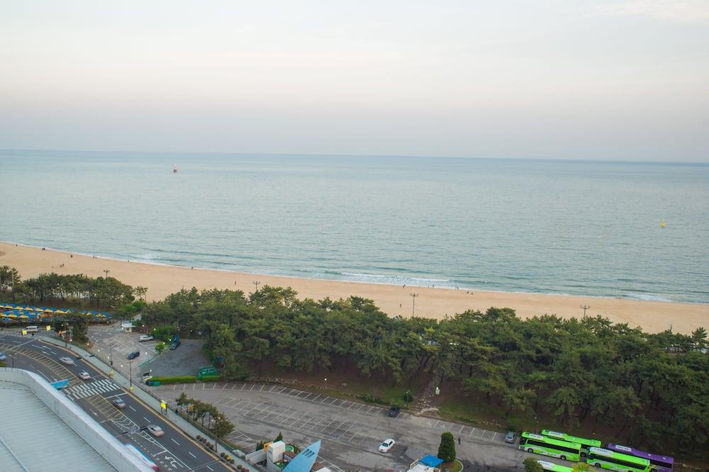 Pemandangan Pantai/Laut