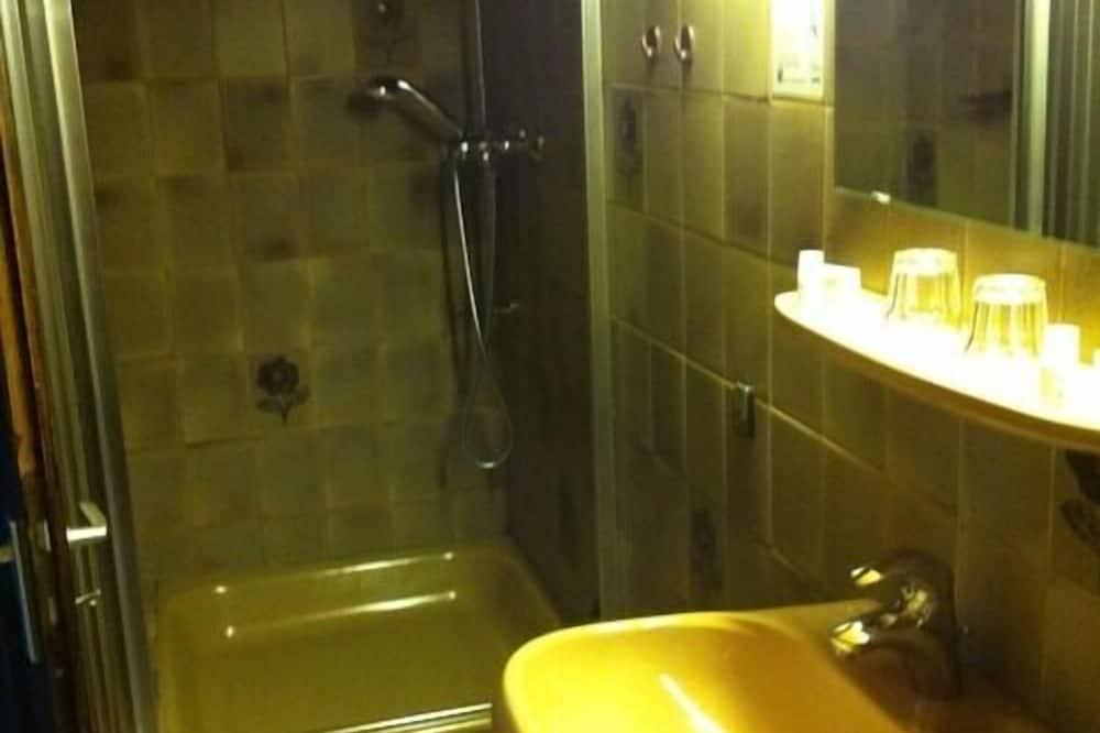 Pokoj Premium s dvojlůžkem, soukromá koupelna - Koupelna