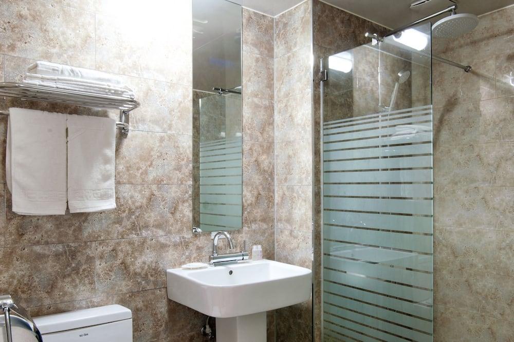 Superior Tek Büyük Yataklı Oda (Room Only) - Banyo
