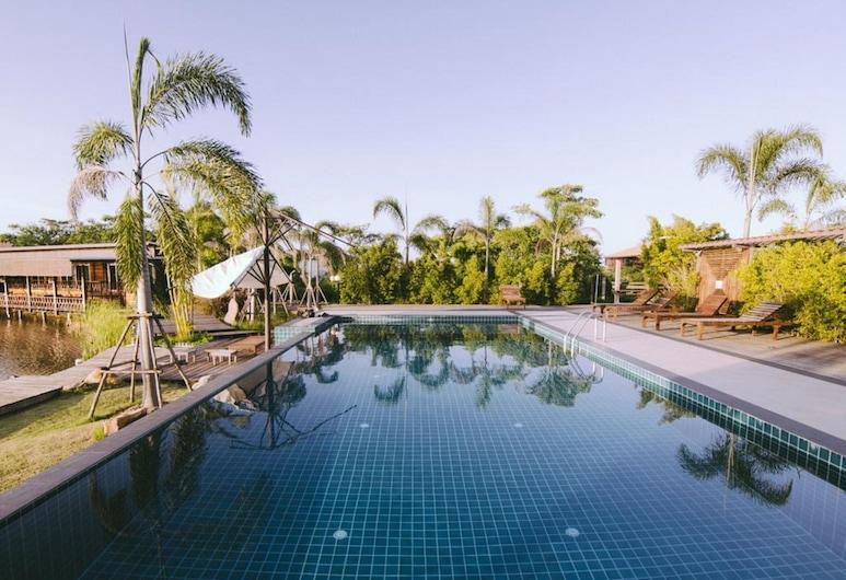 Tanita Lagoon Resort, Udon Thani, Basen