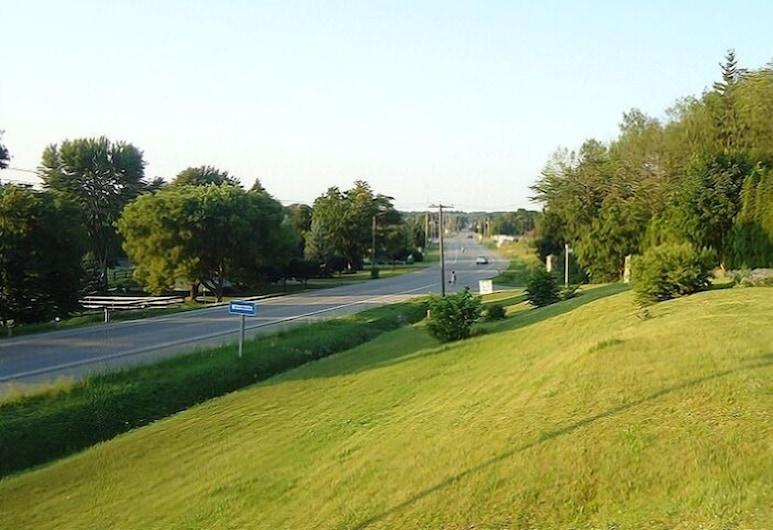 Westmount Motel, เซาท์-เวสต์ ออกซ์ฟอร์ด, บริเวณโรงแรม