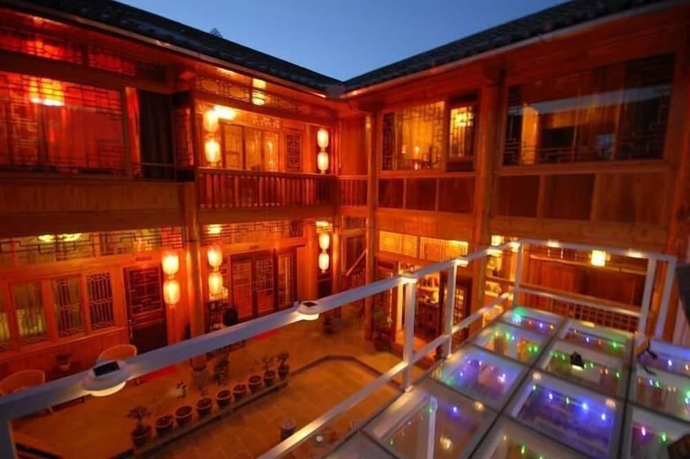 Prince 5 Inn, Baoshan
