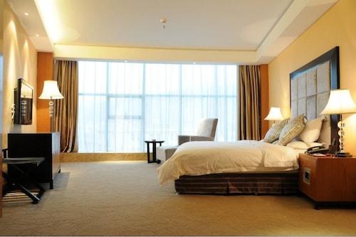 呂梁東方百合大酒店/