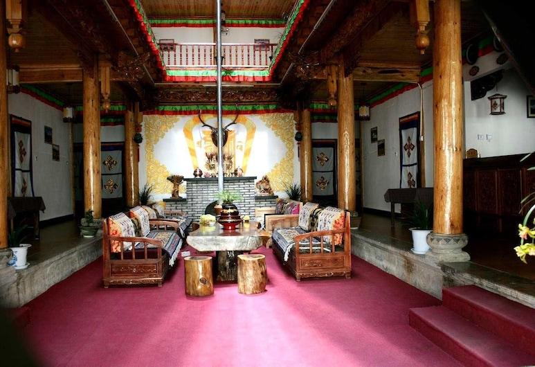 Shangri-la Tibetan Family Inn, Deqin, Lobby