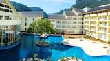 Choose This Five Star Hotel In Zhangjiajie