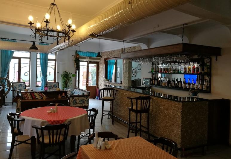 Setenay Otel, Ayvalık, Otel Barı