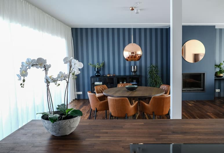 B2 Apartments by ylma, Reykjavik, Penthouse, 2 Bedrooms, Living Area