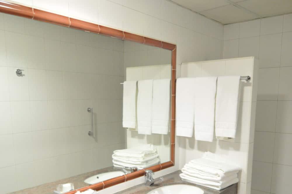 Værelse til 4 personer (4 adults) - Badeværelse