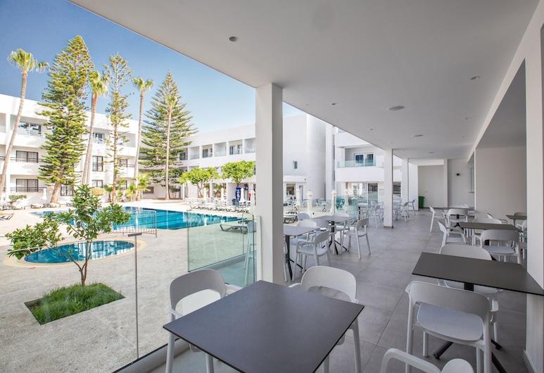 Anthea Hotel Apartments, Ayia Napa, Teras/Veranda