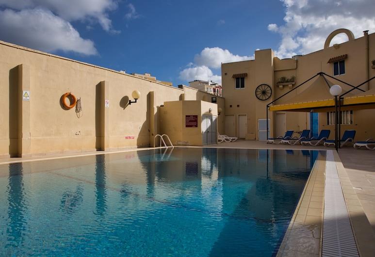 Mavina Hotel and Apartments, St. Paul's Bay, Terraza o patio