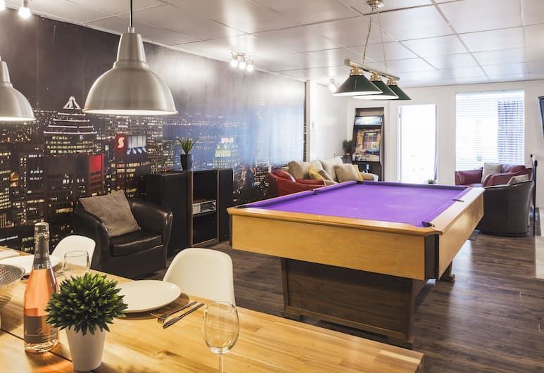 MTLVacationRentals - The Entertainer, Montreal