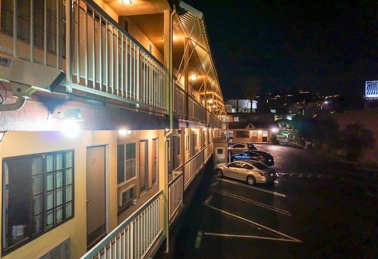 Hollywood La Brea Inn, Los Angeles, Esterni