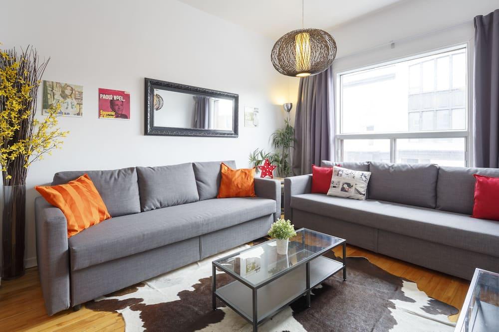 Komforta dzīvokļnumurs, divas guļamistabas, terase - Dzīvojamā istaba