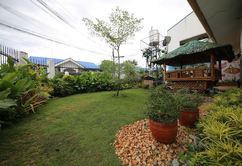Dee GuestHouse, Lapu-Lapu, Garden