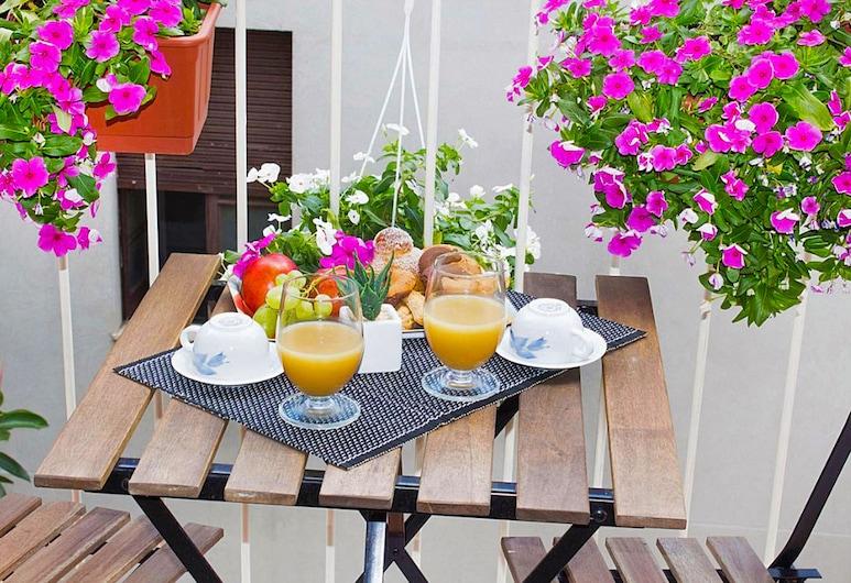 Miro Bed and Breakfast, Catania, Ristorazione all'aperto
