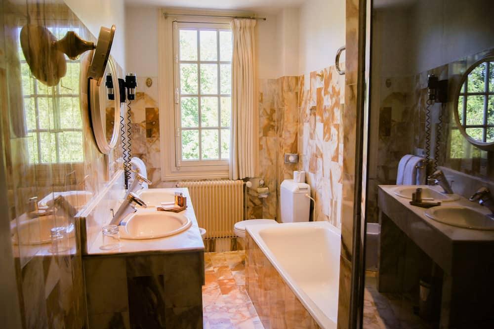 Standard Double Room, Park View - Bathroom