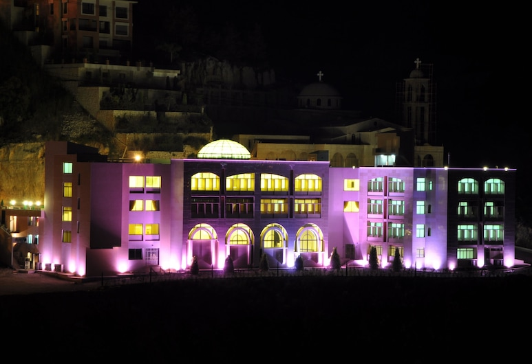 LIQAA Hotel, Qornet Chahouane