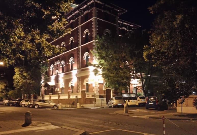 Suites Farnese Design Hotel, Rome, Hotel Front – Evening/Night