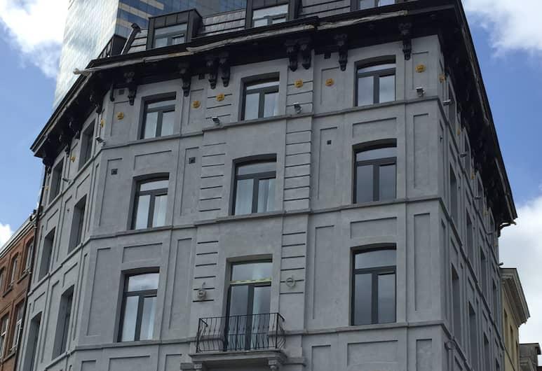 Nekotel Concept Art Hotel, Brussels, Hotel Front