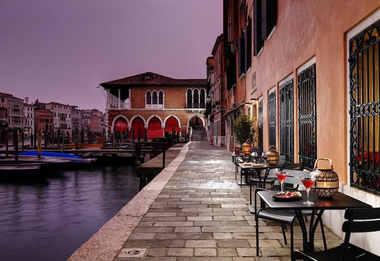 羅洛吉奧酒店, 威尼斯, 酒店入口 - 夜景