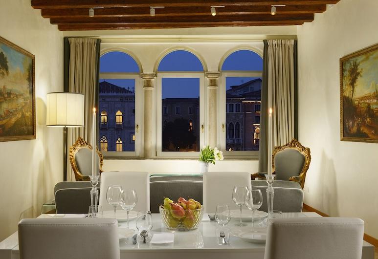 Hotel L'Orologio Venezia, Venise, Appartement Deluxe, 2 chambres, cuisine, dans les dépendances, Chambre
