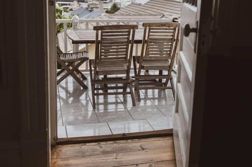 غرفة عائلية - بمنظر للبحر - شُرفة