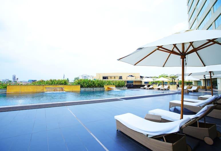 Kochi Marriott Hotel, Kočis, Baseinas