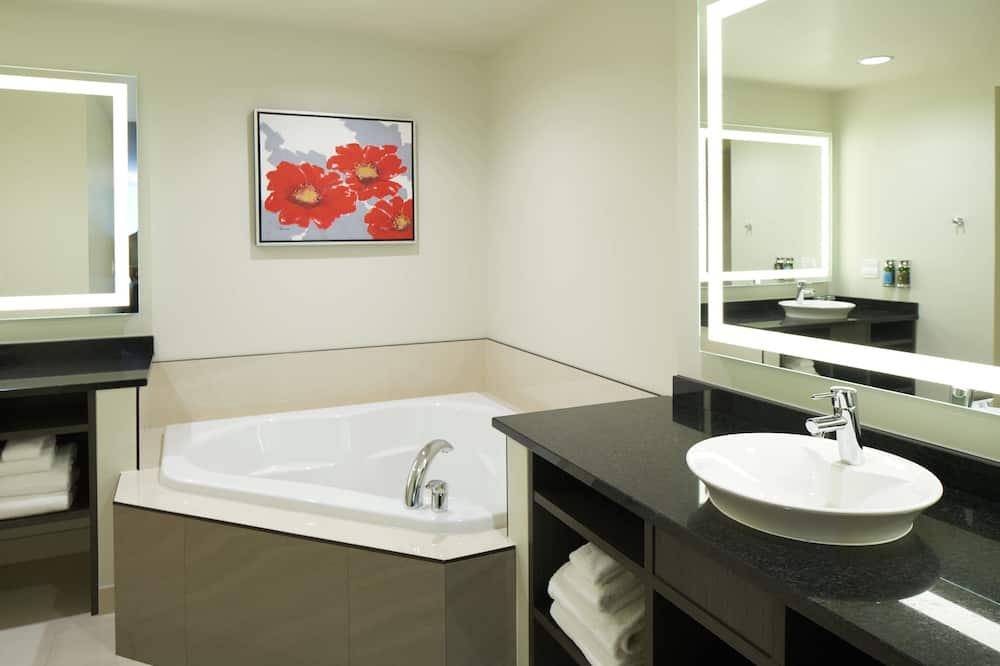 Suite, 1 Tempat Tidur King, non-smoking, perapian (Penthouse Suite) - Kamar mandi
