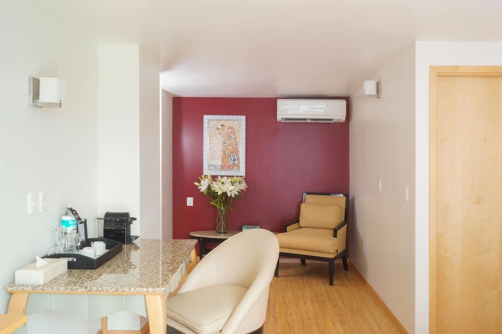 Standard Suite, 1 Queen Bed, City View (Suite Exterior View) - Living Room