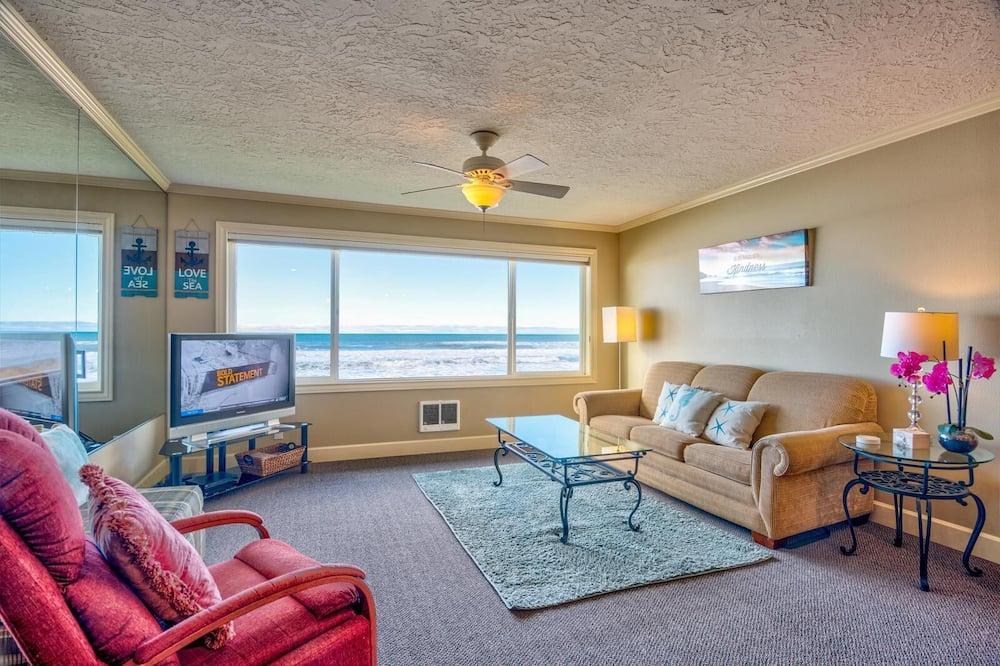 Family Condo - Room
