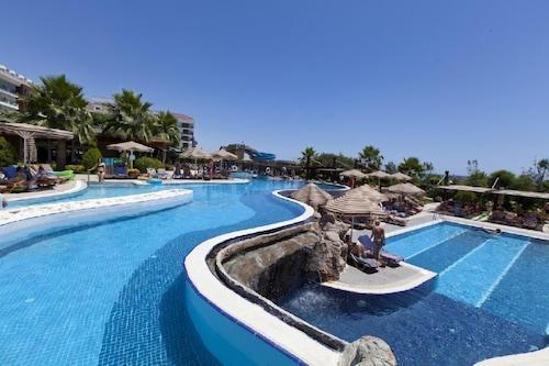 阿达利亚水疗度假村酒店