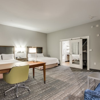 Picture of Hampton Inn & Suites Dallas-Ft. Worth Airport South in Fort Worth