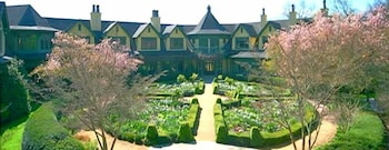 Picture of OM Sanctuary - A Holistic Retreat in Asheville