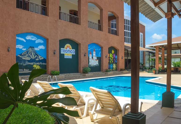Hotel Tropico Inn, San Miguel, Εξωτερική πισίνα