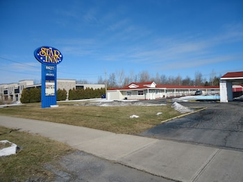 Picture of Star Inn by Elevate Rooms in Niagara Falls