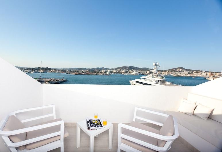 Hotel Ryans La Marina, Ibiza Town