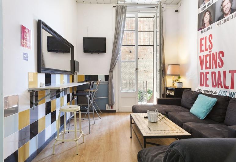 Casa Barcelo Hostel, Barcelona, Delad sovsal - Standard - delat badrum (1 bed in 8 bed dorm), Vardagsrum