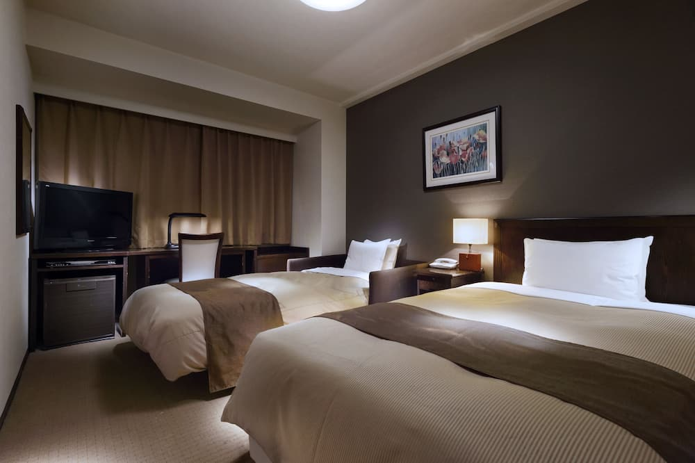 Twin Room, Non Smoking, City View - Guest Room